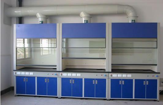 实验室通风系统安装作用及必要性分析。