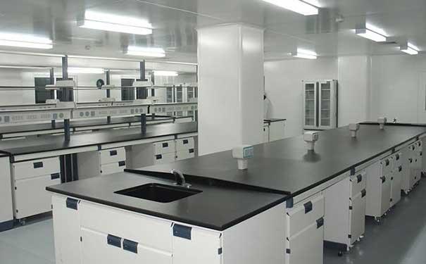 实验室家具中:不同实验台特点与区别?